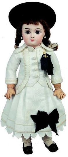Bébé de François MARSEILLE, tête en biscuit pressé, bouche fermée, yeux