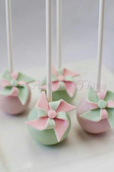 pinwheel Cake pops! #cakepop