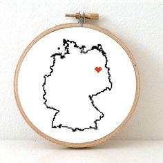 Germany map cross stitch pattern, Berlin von Koekoek auf DaWanda.com                                                                                                                                                     Mehr