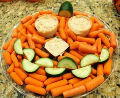 Pumpkin vegetable platter. I like this idea.