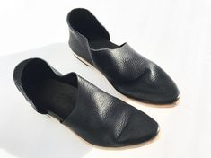 Witch Shoes, Slippers, Booty, Flats, Etsy, Fashion, Schmuck, Loafers & Slip Ons, Moda