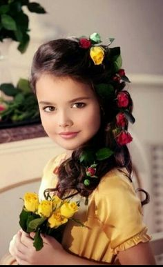 Beautiful Little Girls, Beautiful Girl Image, Beautiful Children, Beautiful Eyes, Beautiful Babies, Girl Hair Dos, Cute Little Girls Outfits, Girls With Flowers, Precious Children