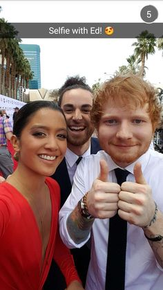 Us The Duo take a selfie with Ed Sheeran on the #BBMAs red carpet!