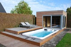 Garten Built-in swimming spas: Photo gallery Small Backyard Decks, Small Backyard Design, Backyard Patio Designs, Backyard Ideas, Backyard Landscaping, Spas, Natural Swimming Pools, Swimming Pools Backyard, Hot Tub Backyard