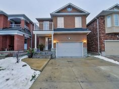 Record Sale! 160 Monteith Crescent in Vaughan: Maple House (2-Storey) for sale : MLS(r) # N3662686