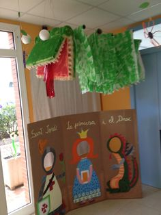 Sant Jordi Diy And Crafts, Crafts For Kids, Arts And Crafts, End Of Year Party, St Georges Day, Knight Party, Chinese Holidays, Dragon Party, Classroom Themes