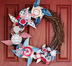 How to Make a Wreath: 27 DIY Summer Wreaths | AllFreeHolidayCrafts.com