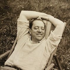 Mies van der Rohe just chillin, not thinking about architecture.