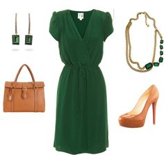 Emerald green work outfit-perfect for the summer internship!