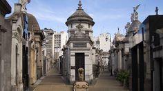 La Recoleta (Buenos Aires, Argentina) | Halloween, i 5 cimiteri più inquietanti del mondo