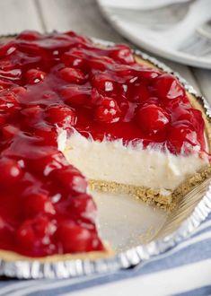 Grandmama's Cherry Cream Cheese Pie – Southern Plate – dessert Cheesecake Desserts, Pie Dessert, No Bake Desserts, Easy Desserts, Delicious Desserts, Dessert Recipes, Yummy Food, Healthy Cheesecake, Easy Cheesecake Recipes