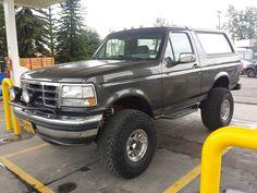 Old Ford Trucks, 4x4 Trucks, Custom Trucks, Cool Trucks, Ford Bronco 1996, 1995 Ford F150, 1973 Mustang, Ford Mustang, Old Bronco