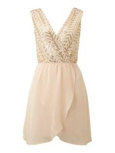 This dress is sooo cute!!