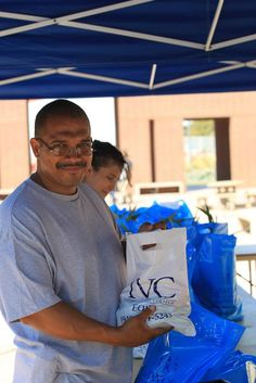 Loaves and Fishes x10 Second Food Distribution to Students at Irvine Valley College in California…