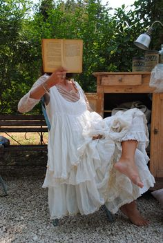 Scoop Sleeveless Falbala Layered Dress Pullover Dress – The World Shabby Chic Outfits, Boho Outfits, Vintage Outfits, Vintage Fashion, Fashion Outfits, Gypsy Style, Boho Gypsy, Bohemian Style, Boho Chic