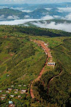 Rwanda! I Dream Of Africa  - Travel photo of the day by Eva Krakowski  #IDreamOfAfrica  http://www.farawayvacationrentals.com/view-blog/I-Dream-Of-Africa/351