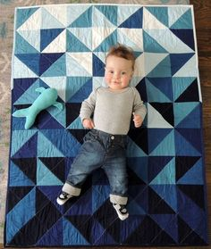 """I love """"floor quilts"""" for babies. Modern Indigo Ombre Triangles Unisex Baby Quilt and Playmat Quilt Baby, Baby Quilt Patterns, Baby Quilts For Boys, Modern Baby Quilts, Patchwork Patterns, Quilting Patterns, Quilting Projects, Quilting Designs, Sewing Projects"""
