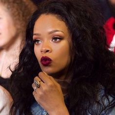 ImageFind images and videos about beauty, rihanna and riri on We Heart It - the app to get lost in what you love. Rihanna Makeup, Rihanna Riri, Rihanna Red Lipstick, Rihanna Baby, Rihanna Song, Style Rihanna, Looks Black, Bad Gal, Lace Wigs