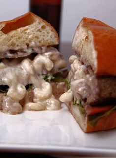 Stuffed mac and cheese burger will make your week that much better!