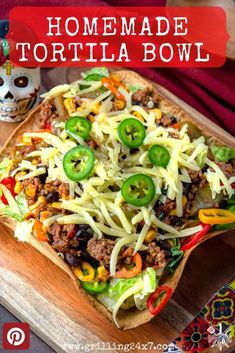 This Homemade Taco Salad Shell recipe is easy to make at home in the air fryer or oven and don't require any fancy molds to shape them. Grilling Recipes, Meat Recipes, Mexican Food Recipes, Dinner Recipes, Top Recipes, Simple Recipes, Appetizer Recipes, Appetizers, Authentic Mexican Recipes
