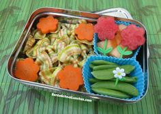 Bento School Lunches: Review: ECOlunchbox Solo Cube and Solo Rectangle