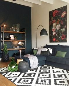 The living room color schemes to give the impression of more colorful living. Find pretty living room color scheme ideas that speak your personality. Living Room Green, Minimalist Living Room, Interior Design Living Room, Living Room Wall, Living Decor, Room Color Schemes, Living Room Design Modern, Living Room Wall Color, Room Interior