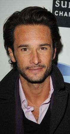 Rodrigo Santoro photos, including production stills, premiere photos and other event photos, publicity photos, behind-the-scenes, and more.