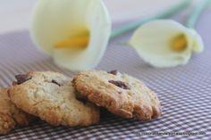 Galletas cookies de avellanas y arandanos