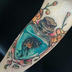 16 Lovely Little Fish Tattoos Shark Tattoos, Mermaid Tattoos, Animal Tattoos, Cute Tattoos, Beautiful Tattoos, Amazing Tattoos, Tatoos, Girls With Sleeve Tattoos, Sister Tattoos