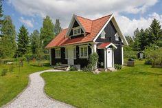 Skandynawskie wnętrza - mały wolnostojący domek