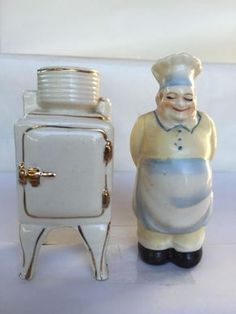 Vintage Icebox & Chef/Cook Salt/Pepper shakers Made in Japan Fat Chef Kitchen Decor, Kitchen Queen, Cow Creamer, No Salt Recipes, Vintage Kitchenware, Salt And Pepper Set, Salt Pepper Shakers, Cookie Jars, Tea Pots