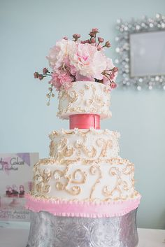 Robbie E. Custom Cakes at Wonderland Bridal Couture's Grand Opening Event.   Photo Credit: ArtCImages Photography