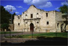 22 Fun Things to See and Do in San Antonio! ~ #texas #travel