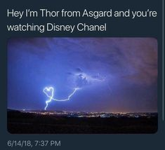 Hi I'm Thor from Asgard, and you're watching Disney Channel. Funny Marvel Memes, Avengers Memes, Funny Memes, Avengers Imagines, Marvel Avengers, Marvel Comics, Chibi Marvel, Chris Hemsworth Thor, Marvel Cinematic Universe