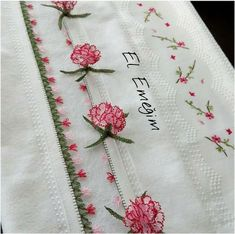 This Pin was discovered by neş Yarn Crafts, Diy Crafts, Pinterest Crafts, Point Lace, Needle Lace, Ribbon Embroidery, Needlepoint, Needlework, Projects To Try