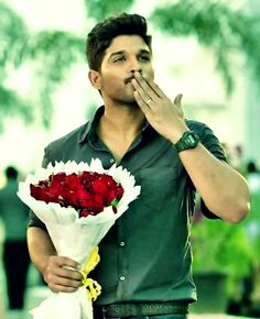 Saved by Vaishnavi Pictures Images, Couple Pictures, Allu Arjun Hairstyle, Indian Army Wallpapers, Allu Arjun Wallpapers, Allu Arjun Images, Actor Picture, Actor Photo, Vijay Actor