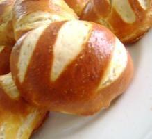 Recette - Mauricette Petit pains Alsaciens - Notée 4.3/5 par les internautes