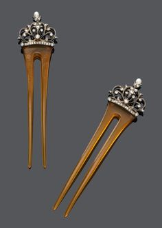 PEARL AND DIAMOND HAIR COMBS, BY MAC-HENRY & PARDONNEAU, ca.