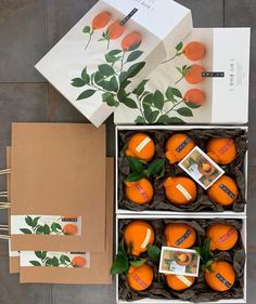 Post By season_fruit(season_fruit) - TwGram. Fruit Packaging, Brand Packaging, Gift Packaging, Tag Design, Menu Design, Food Design, Paper Fruit, Fruit Logo, Fruit Shop
