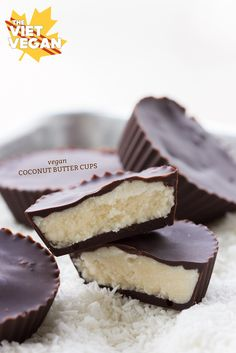 Vegan Coconut Butter Cups | The Viet Vegan | Chocolate and coconut are a match made in heaven =)