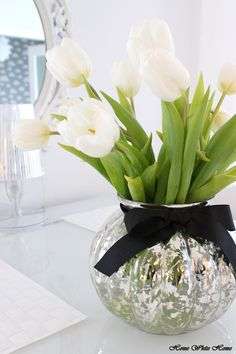 White tulips - Home White Home -blog