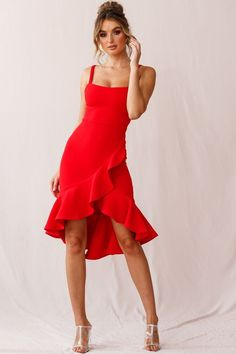 Cartagena High-Low Asymmetric Salsa Dress Red - Red dress idea womens Source by - Red Dress Outfit, Hot Dress, Dress Outfits, Fashion Dresses, Red Dress Shoes, Red Dress Casual, Dress Formal, Dress Black, Salsa Outfit