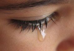 Quando eu chorar.. : Deus, meu Deus Tudo est to difcil pra mim Deus, meu Deus Muitos me perguntam: Onde tu ests? Dentro de mim Minha alma se abateu Mas Tua mo contudo me escondeu Em Tua presena, oh Deus  Quando eu chorar, vou me lembrar Que at aqui, Tua mo me sustentou Digo a minha alma espera em Deus Pois ainda O louvarei, eu O louvarei  Eu te louvarei, em meio a provao, em meio as lutas. Eu te louvarei, eu te louva