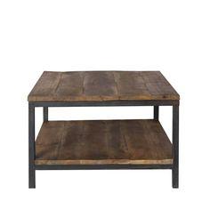 De stoere robuuste tafel 'industrieel' heeft een vintage zwart onderstel van staal. Het tafelblad is van grof, robuust gebrand en gedroogd…