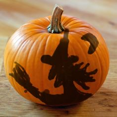 Decorate Your Halloween Pumpkins.