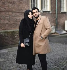 pinterest : chickenloverrrr Muslim Couple Quotes, Cute Muslim Couples, Couples In Love, Cute Couple Images, Couple Pictures, Cutest Couple Ever, Best Couple, Perfect Couple, Beautiful Couple