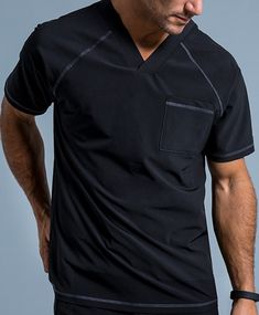 Crew Neck Raglan Top in Black is a contemporary addition to men's medical scrub outfits. Shop Jaanuu for scrubs, lab coats and other medical apparel. Scrubs Outfit, Scrubs Uniform, Men In Uniform, Dental Scrubs, Medical Scrubs, Nursing Scrubs, Jogger Pants, Joggers, Salon Uniform