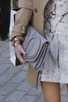 THAT clutch! don't know who it's by but spotted at LFW (also love the shift and the coat)