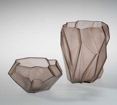 Ruba rhombic glass