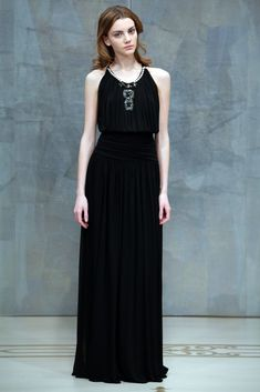 Reem Acra Pre-Fall 2010 Collection Photos - Vogue